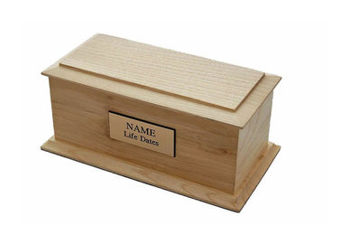 China Natural Solid Wooden Urns Cinerary Casket Gold Logo With Name Tab distributor