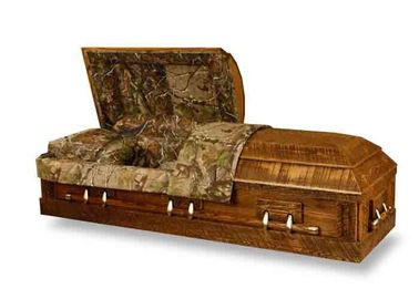 China Lacquered Russian Style Casket Solid Wood Coffin High Gloss Printing distributor